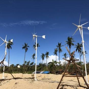 菲律宾9KW + 12KW风光互补系统